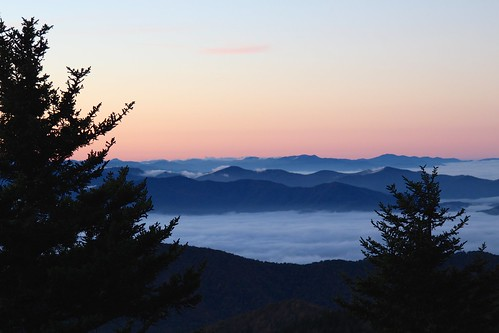 cloud weather silhouette fog sunrise nps clear smoky overlook greatsmokymountains deaftalent deafoutsidetalent deafoutdoortalent