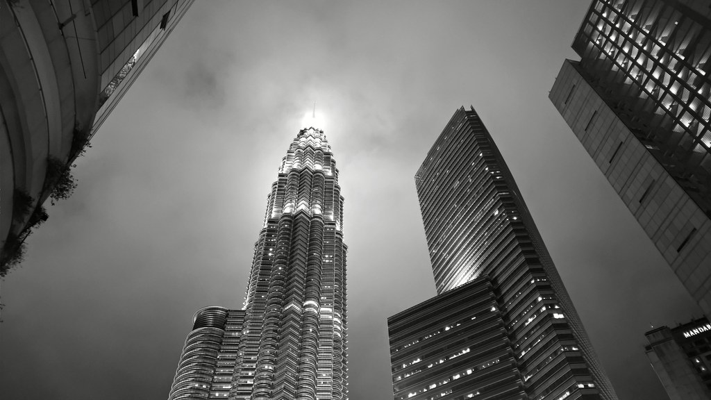 Facts About The Petronas Twin Towers Petronas Twin Towers Nokia