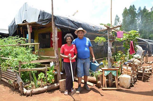 acampamento kide - barraco - por juliana adriano.jpg