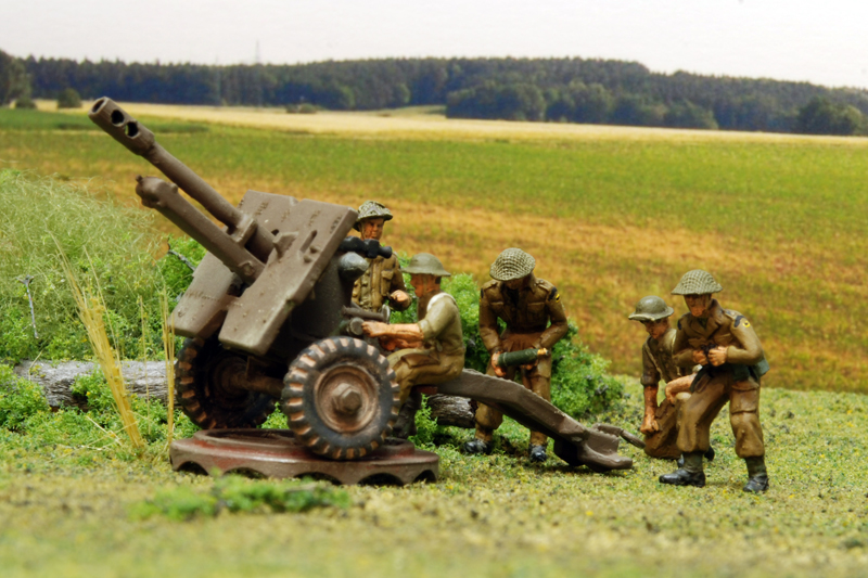Milicast 1/76 British Field Gun Crew (FIG04) - - The Airfix