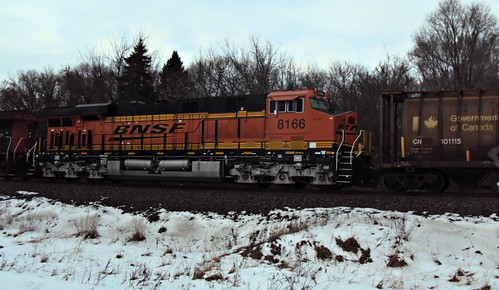 BNSF 8166