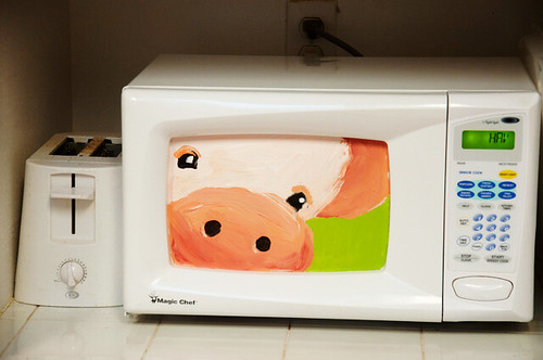 Iron Craft Challenge 1: Pig Painted Microwave