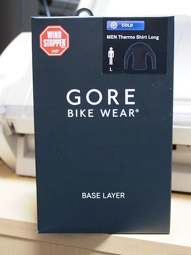 痛ジャージ用に GORE BikE WEAR WindStopper Base LAYER買ってきた。これで冬にかつる。