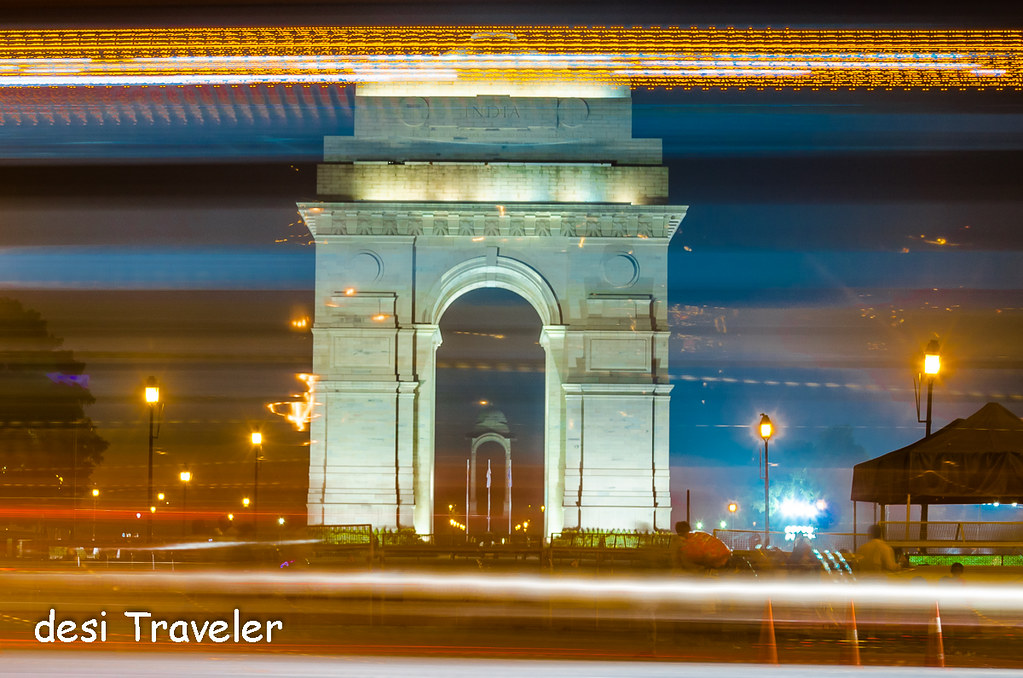 Traffic India Gate Delhi