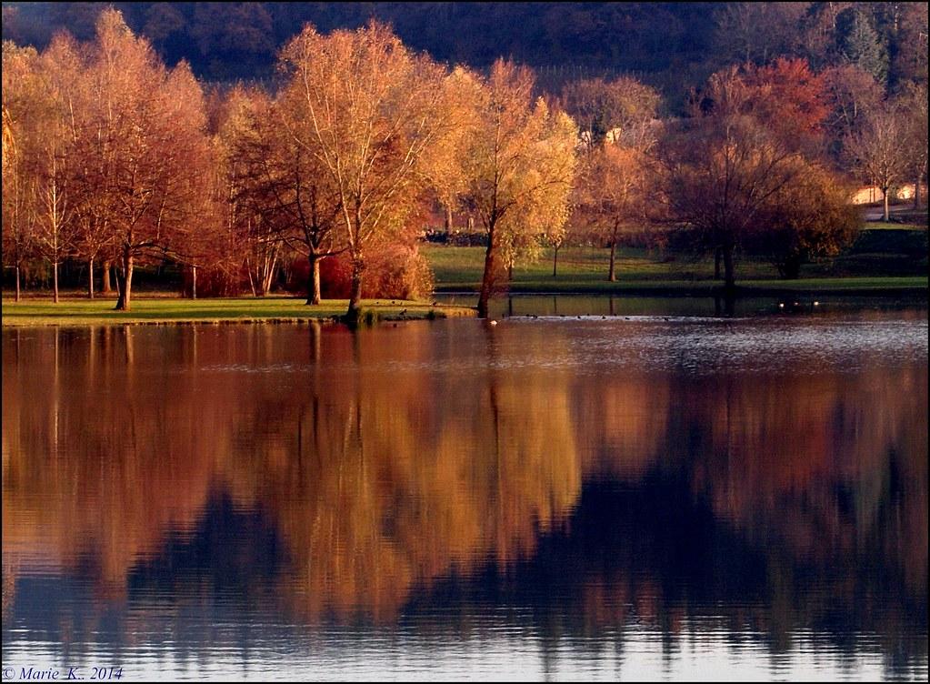 Palette de couleurs sur le lac - 2   16334086221_c1ee370beb_b