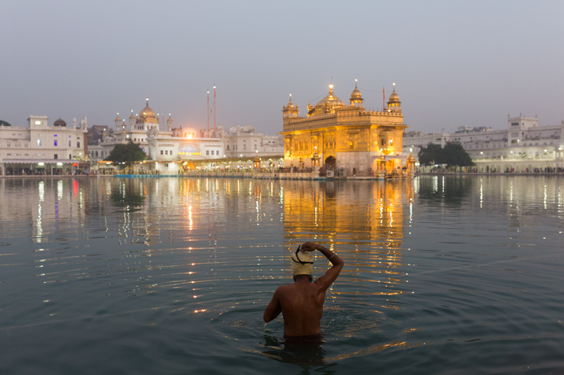 Bathing, Amritsar