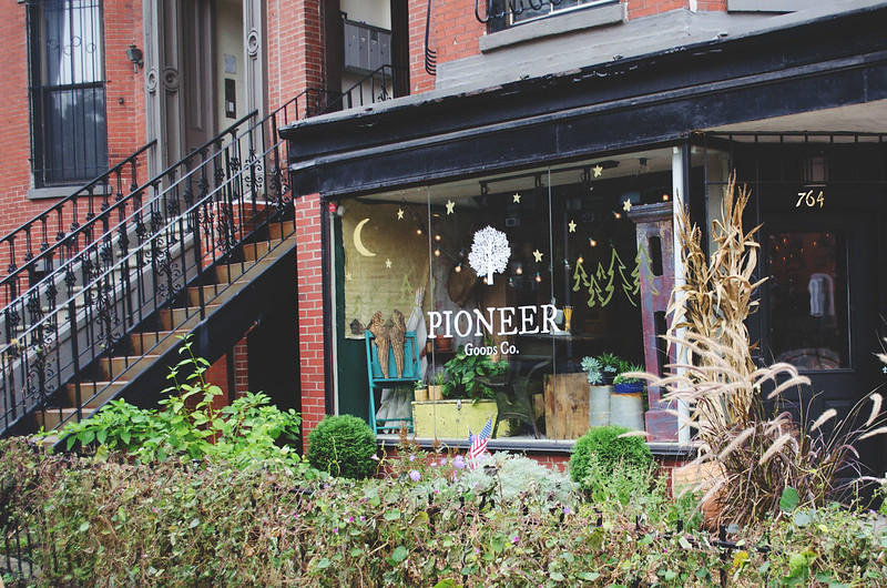 Pioneer Goods Co. on juliettelaura.blogspot.com