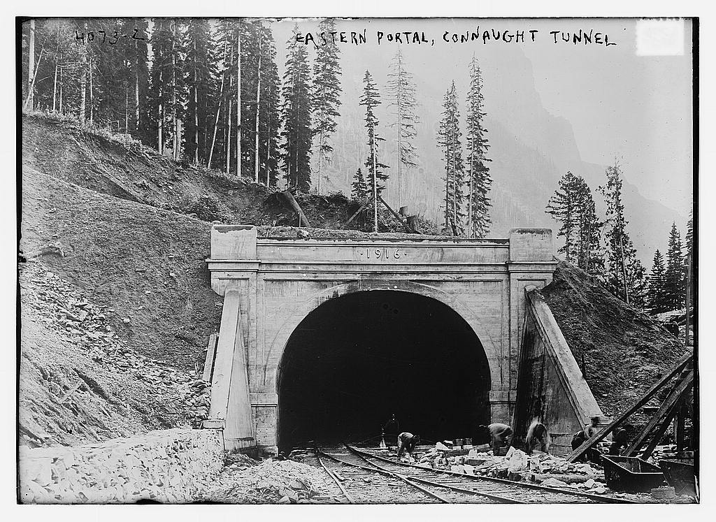 Eastern Portal, Connaught Tunnel (LOC)