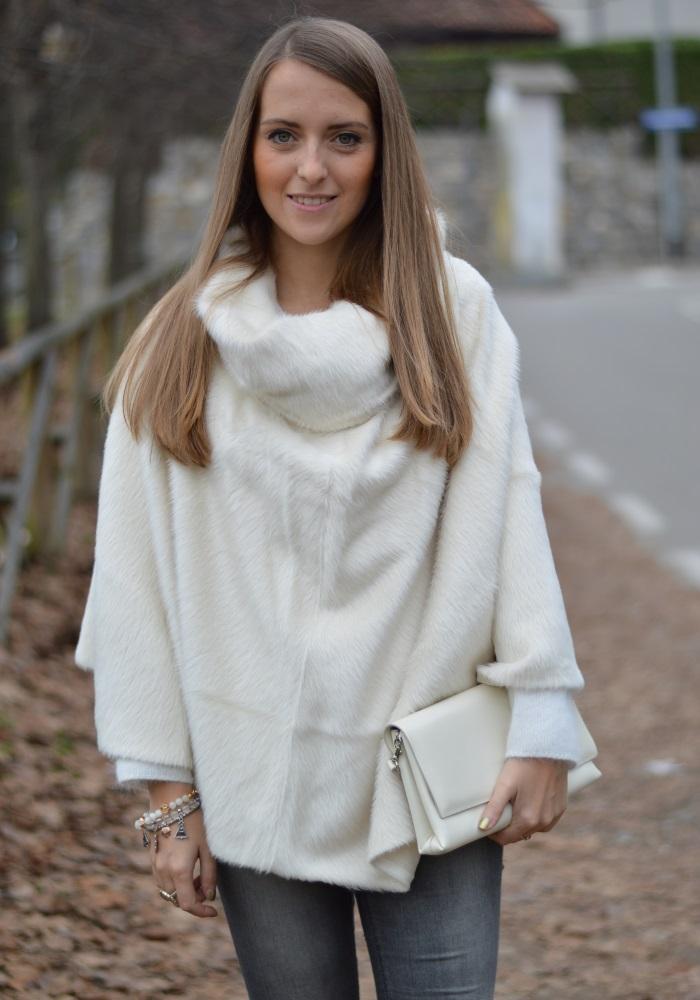 poncho bianco (2)