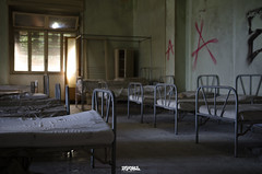 Abandonned school IL-6