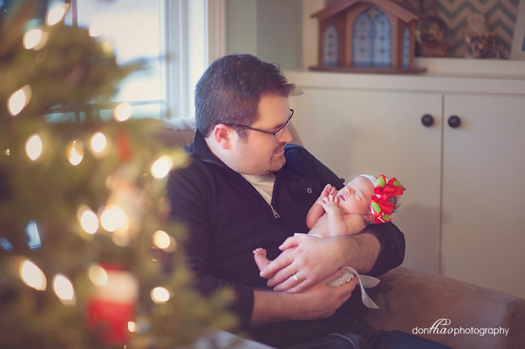 Rockford Family, Baby, and Newborn Christmas Holiday Photographer