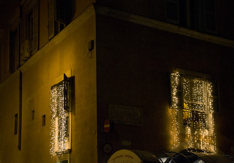 Rome, Lights