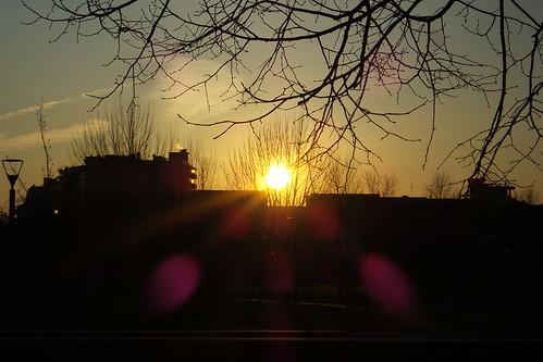 Il sole dalla sera a #Milano