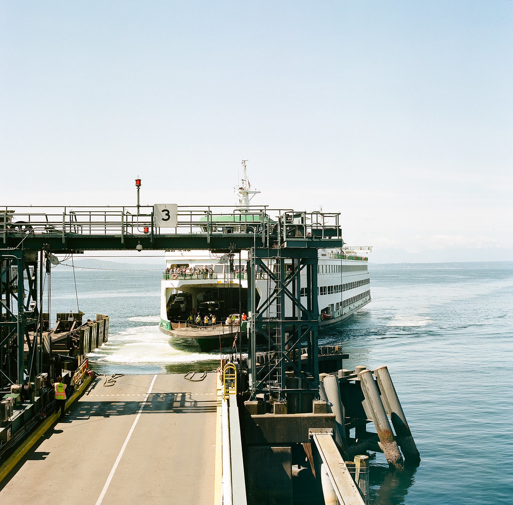BainBridgeFerry_01