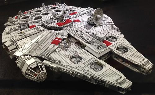 ausstellung exibition spielzeug lego baustein brick starwars raumschiff spaceship scifi neunkirchen saarparkcenter saarland deutschland germany