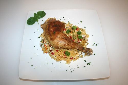 45 - Chicken on yoghurt kitharaki - Served / Hähnchen auf Joghurt-Kritharaki - Serviert