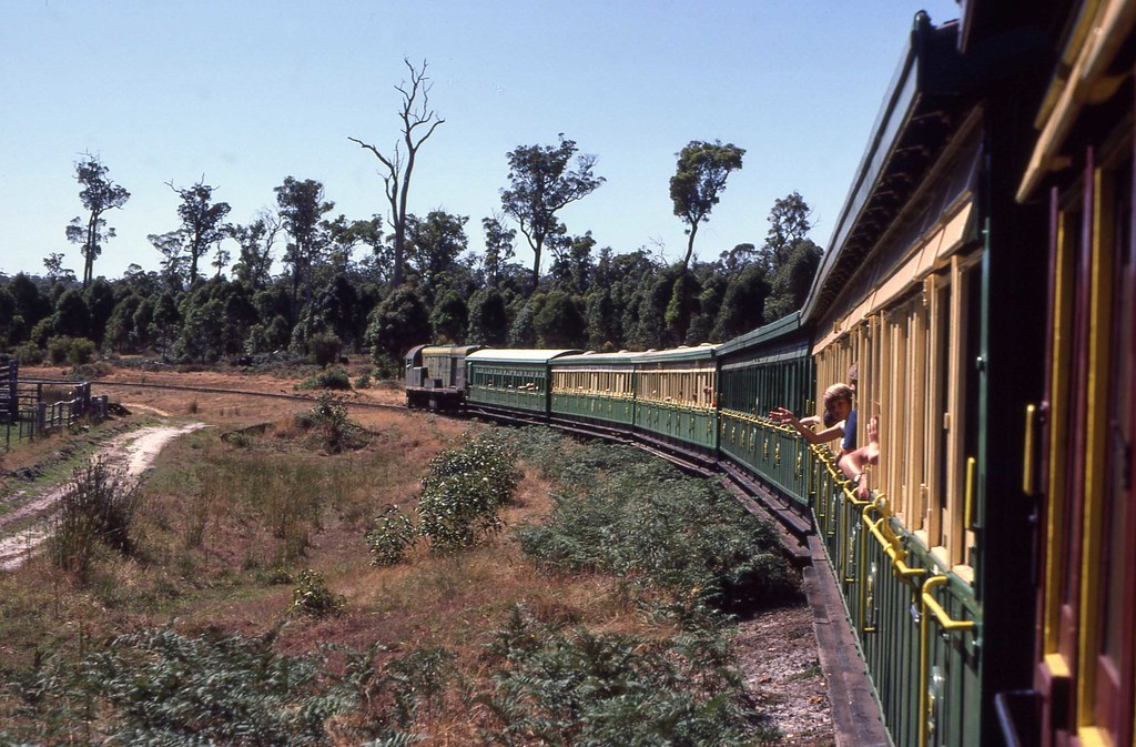 F42 special passenger Manjimup by 8888transportpix