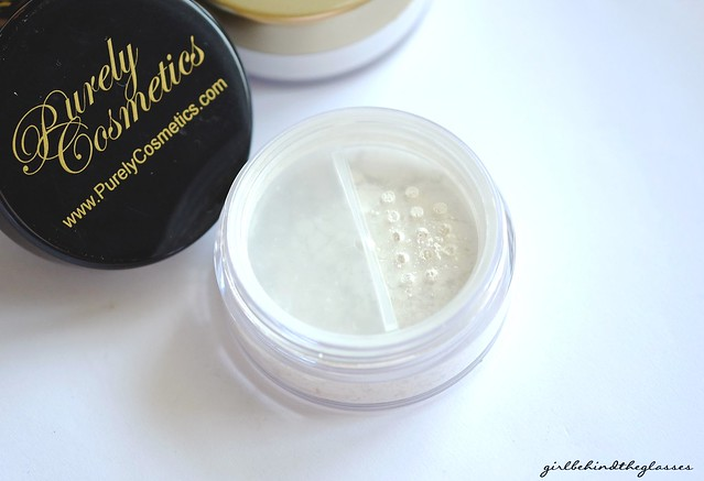 Purely Cosmetics Pure Silk Setting Powder3