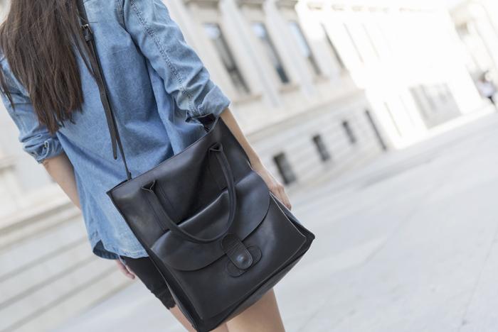 street style barbara crespo dear tee tshirt hake bag bad fashion blogger outfit blog de moda