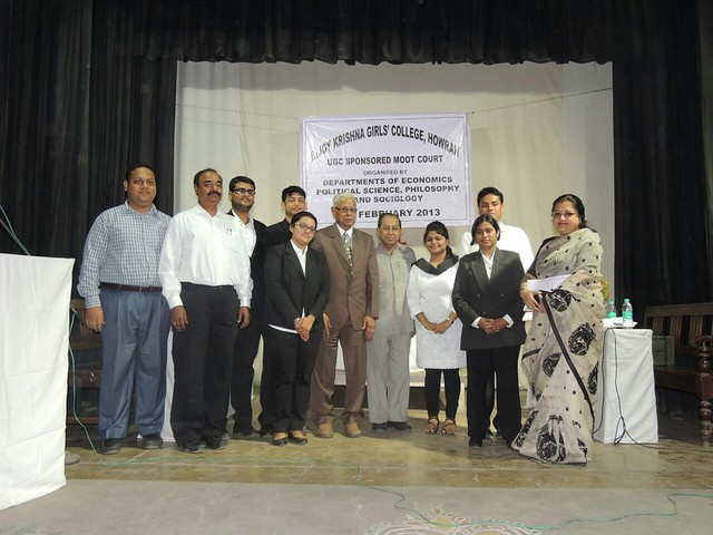 Arshi Hasmat in a program at Bijoy Krishna College, Howrah