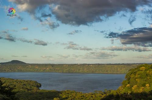 landscape lagoon nicaragua masatepe flordepochote canont2i moisesduran