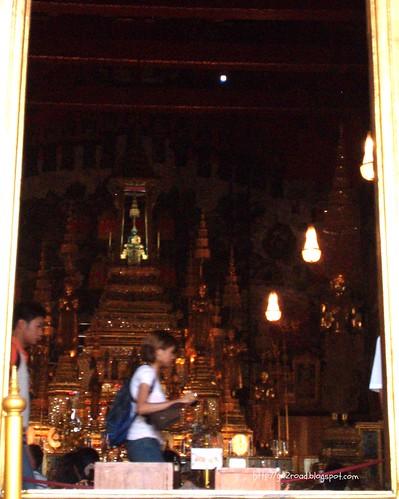 Изумрудный Будда, Королевский Дворец