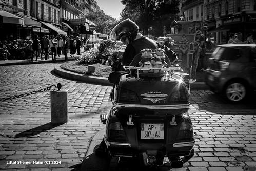 Parisiens # פריזאים