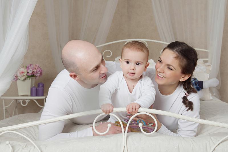 фотограф Новосибирск, семейный фотограф, фотосессия в студии с интерьером, фото в студии, интерьерная студия, семейная фотосъемка
