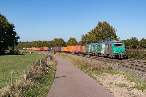Train de containers Clermont Fd Gravanches Fos sur mer via Sibelin