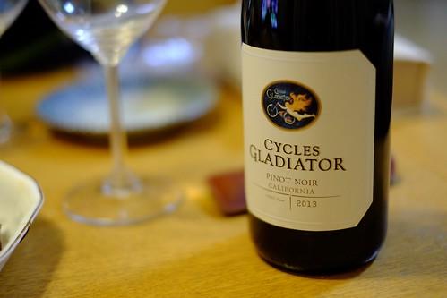 クリスマスイブのワインはCycles Gladiator Pinot Noir