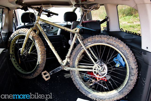 Surly Pugsley vs. gravel pit