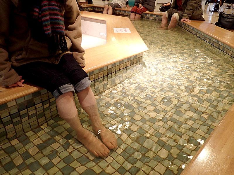 コトニの足湯