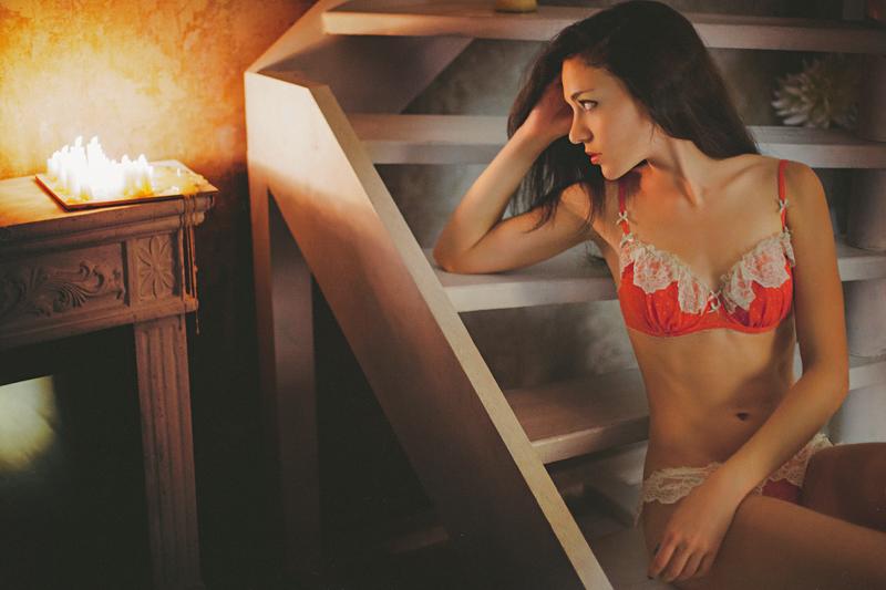 Фотосессия девушки в студии, фотограф Новосибирск, портретная фотосессия, будуарная съемка, фотосет в студии, интерьерная студия, красивая девушка, нижнее белье