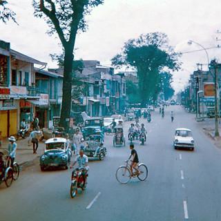 SAIGON 1960s - Đường Hiền Vương, cây xăng SHELL góc Hiền Vương-Duy Tân