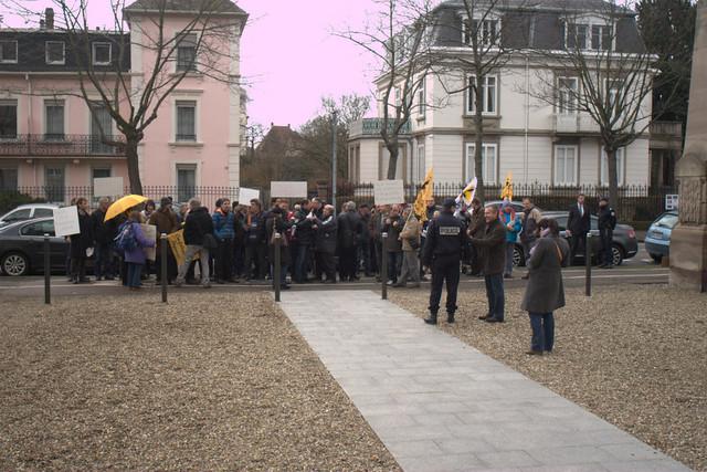 Manif devant la Cour d'Appel de Colmar à l'occasion des voeux