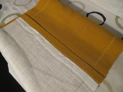 Medieval textile purse - 2