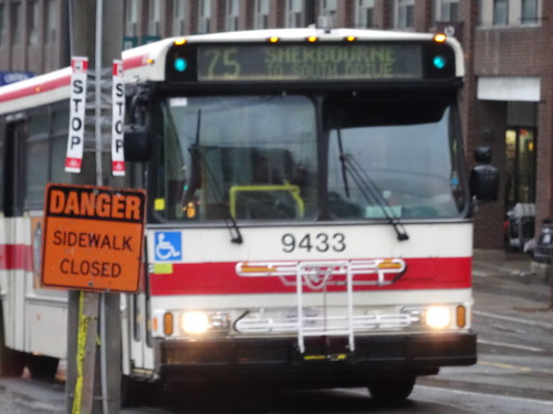 TTC bus 9433 on Lower Sherbourne, 2014 12 24 (3)