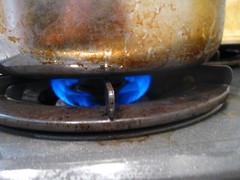 残りの15~20分は、弱火で煮込みます