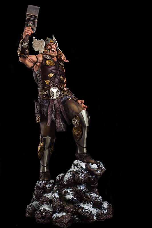 Thor de Carlos Fariza