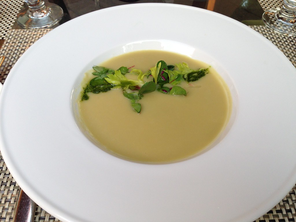 White Bean and Celery Soup