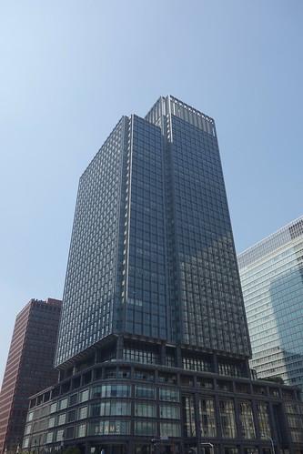 """Tokyo_4 東京都丸の内の """"新丸の内ビルディング"""" を撮影した写真。"""