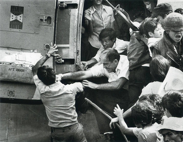 People struggle to get aboard the plane - April 1975