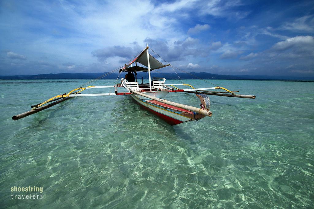a boat at the Yang-In Sandbar, Cagbalete Island