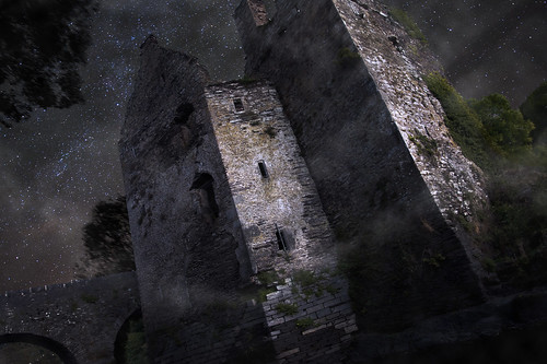 bridge ireland sky irish house castle night way stars nikon ruins europe exposure decay low eire nikkor milky hdr decomposed carrigadrohid