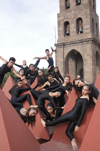 Ballet Provincial del IPBA.