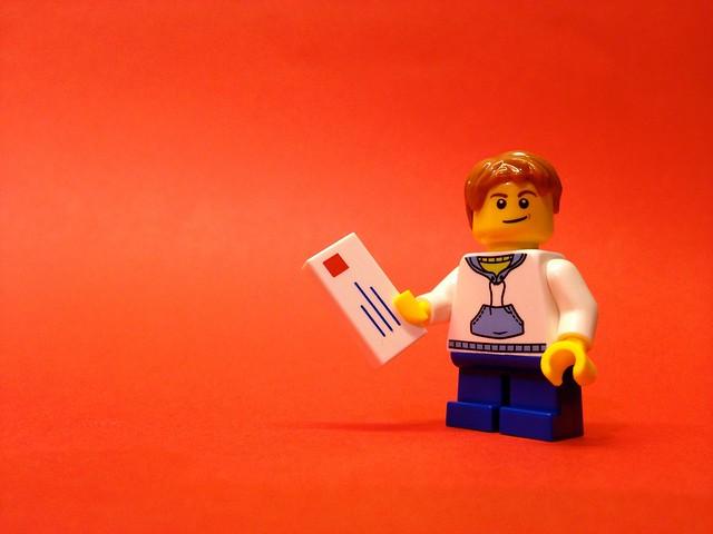Lego City Advent Calendar 2014: Day one, Boy posting Christmas card