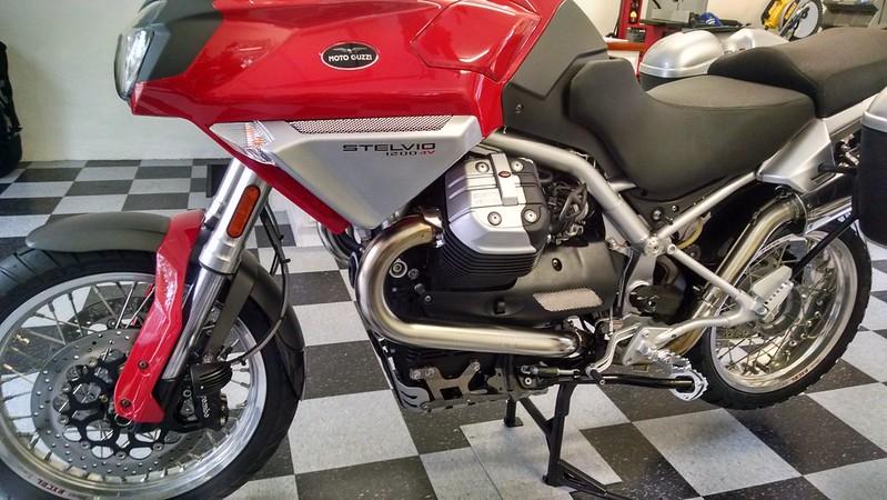 Moto Guzzi Carc Protector