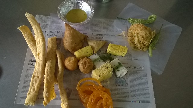 Food @ Juna ShareBazaar, Nehru Nagar Circle