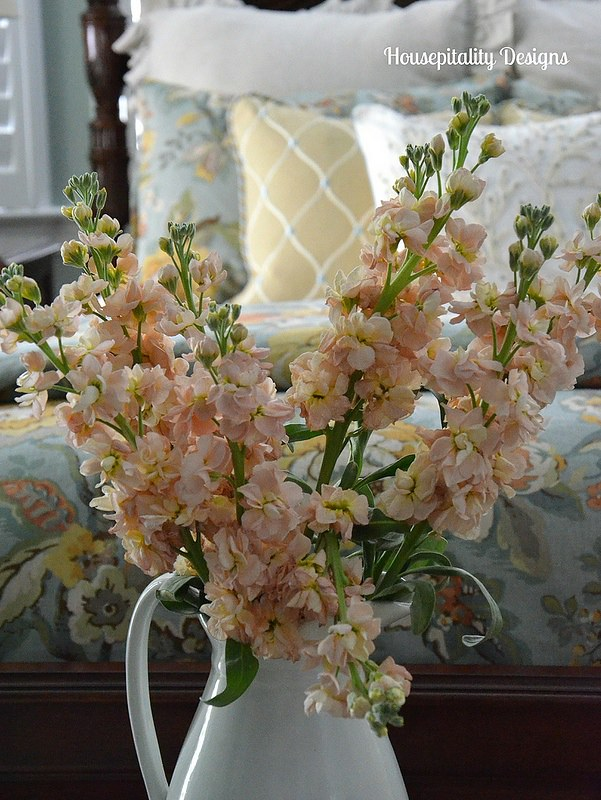 Flowers in the Master Bedroom-Housepitality Designs