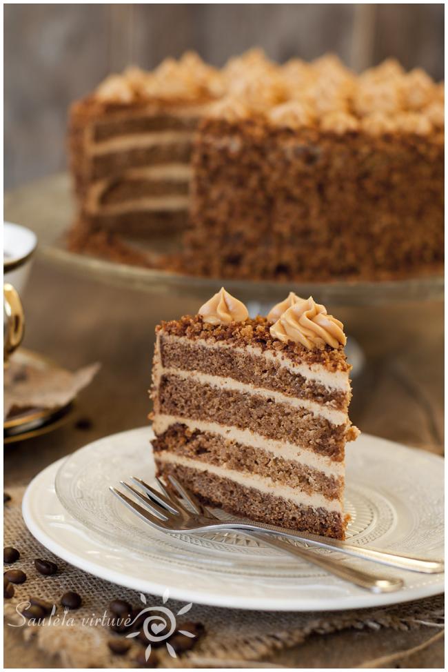 Meduolinis tortas (1)